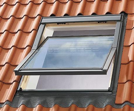 Finestre per tetti e accessori velux a trieste cvm s r l for Finestre velux blindate